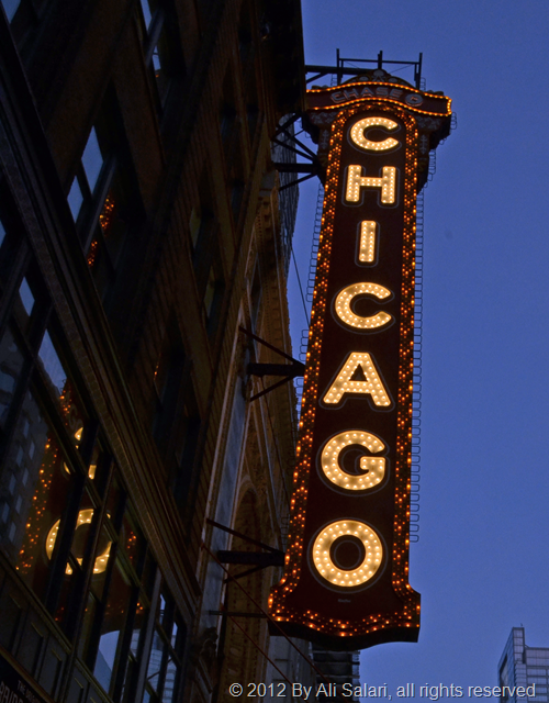 CHICAGO_Sign_ND70511